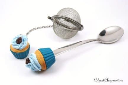 boule à thé cuillère cupcake bleu polymère fimo