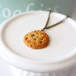 Collier cookies et pépites de chocolat