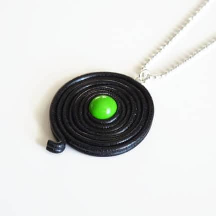 collier réglisse vert