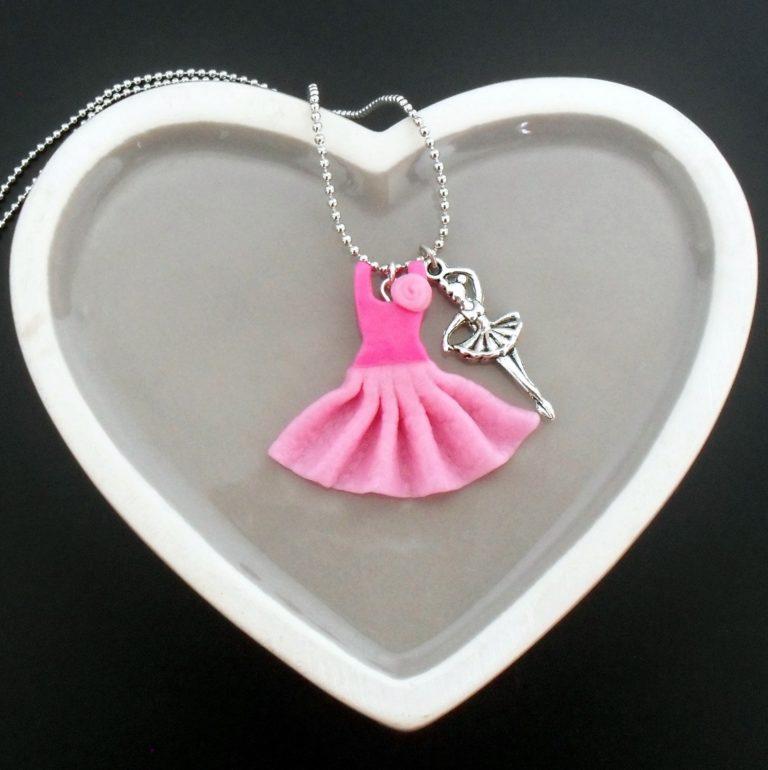 collier danseuse rose polymère fimo
