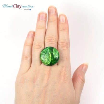 bague verte feuille main polymère